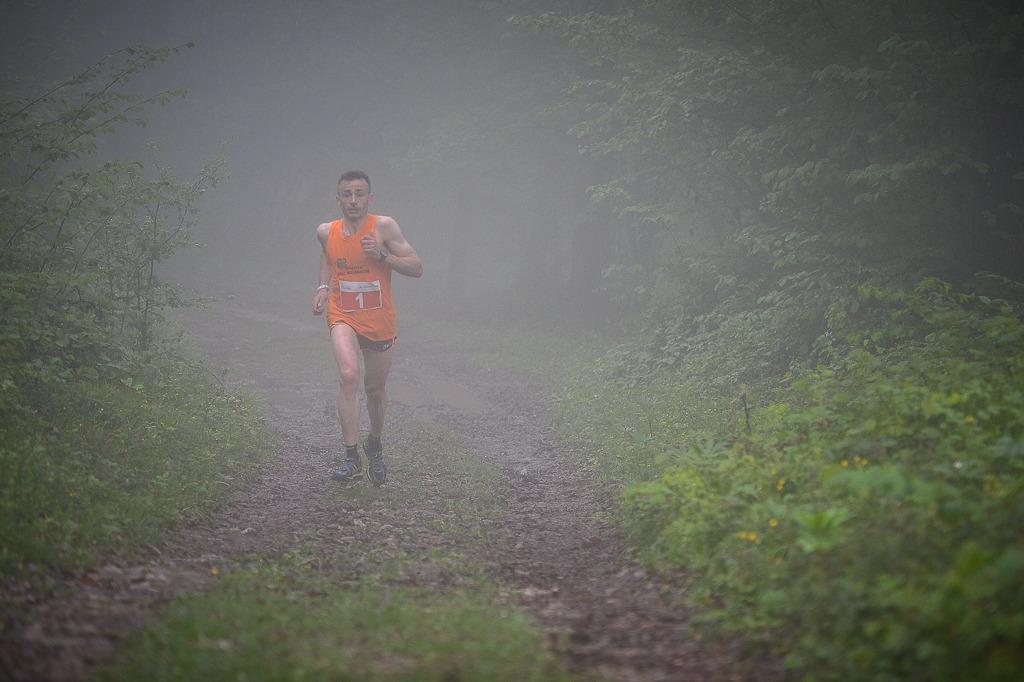 2018, cuore nella nebbia…. Alessandro Rambaldini inizia la sua impresa, va a prendersi la Nasego (credit Benedetto)